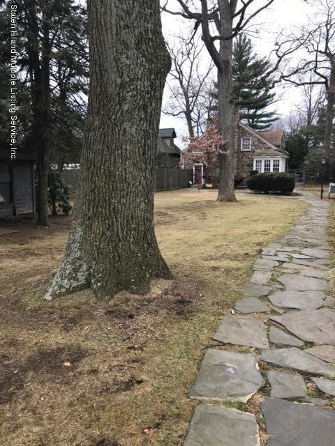 Single Family - Detached 40 Columbia Avenue  Staten Island, NY 10305, MLS-1117941-13