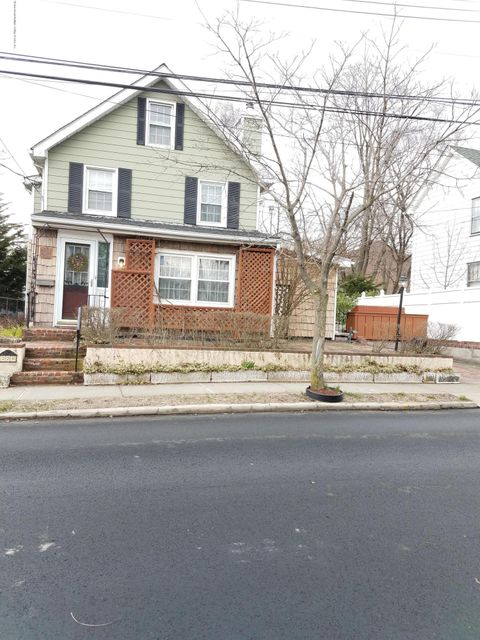Single Family - Detached in Tottenville - 223 Butler Ave   Staten Island, NY 10307