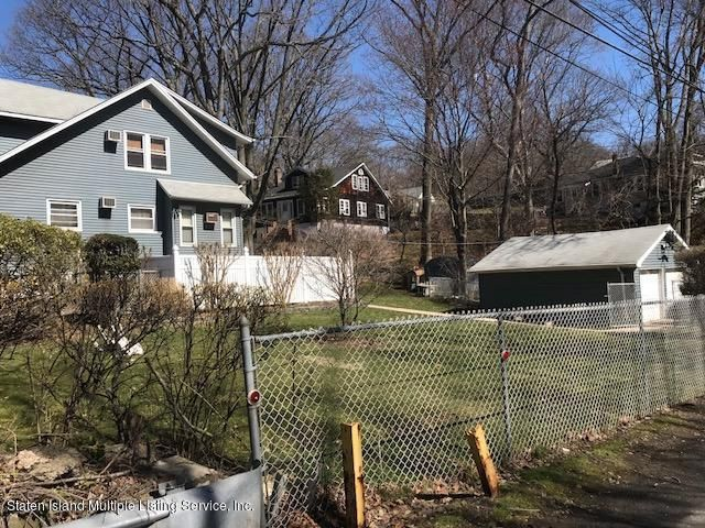 Two Family - Detached 125 Rockland Avenue  Staten Island, NY 10306, MLS-1117969-9