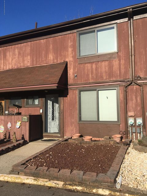 Single Family - Attached in Rossville - 98 Bower Court  Staten Island, NY 10309
