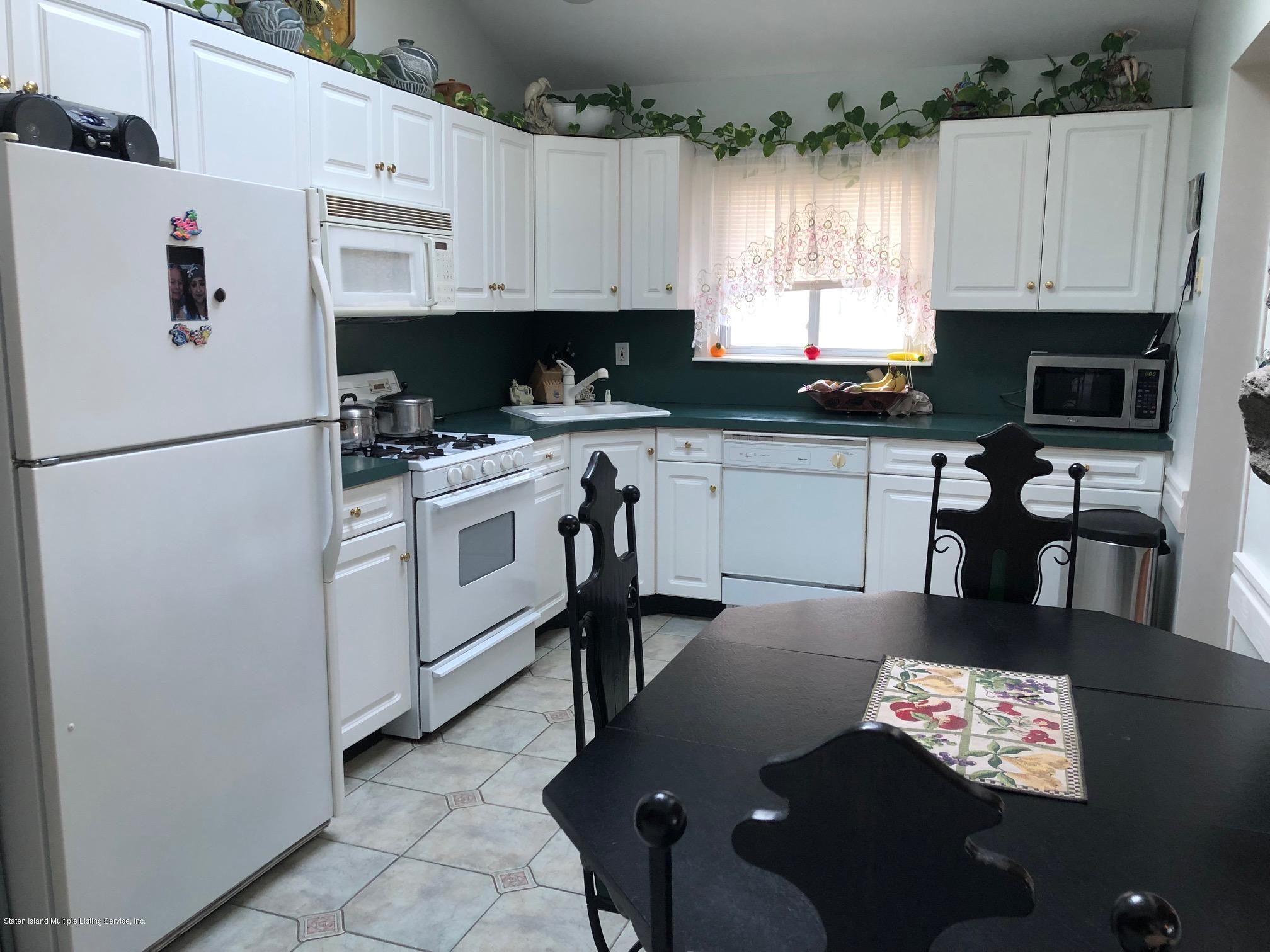 Single Family - Detached 26 Deserre Avenue  Staten Island, NY 10312, MLS-1118007-11