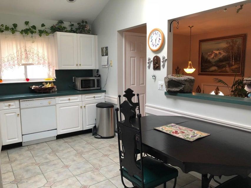 Single Family - Detached 26 Deserre Avenue  Staten Island, NY 10312, MLS-1118007-14