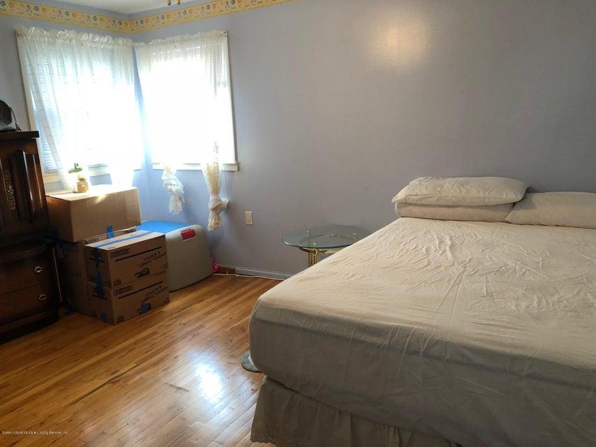 Single Family - Detached 26 Deserre Avenue  Staten Island, NY 10312, MLS-1118007-18