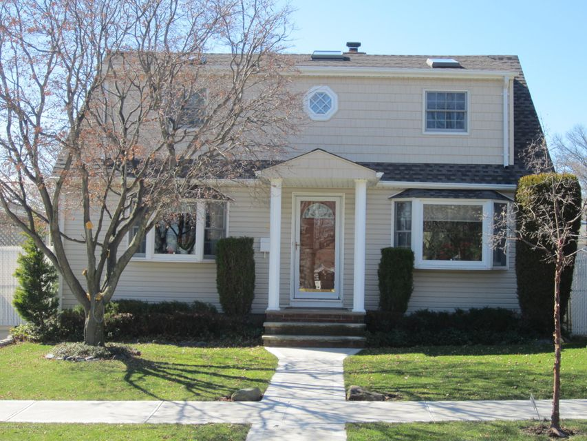 Single Family - Detached in Eltingville - 48 Pacific Avenue  Staten Island, NY 10312