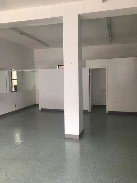 Additional photo for property listing at 73 Victory Boulevard  Staten Island, New York 10301 United States