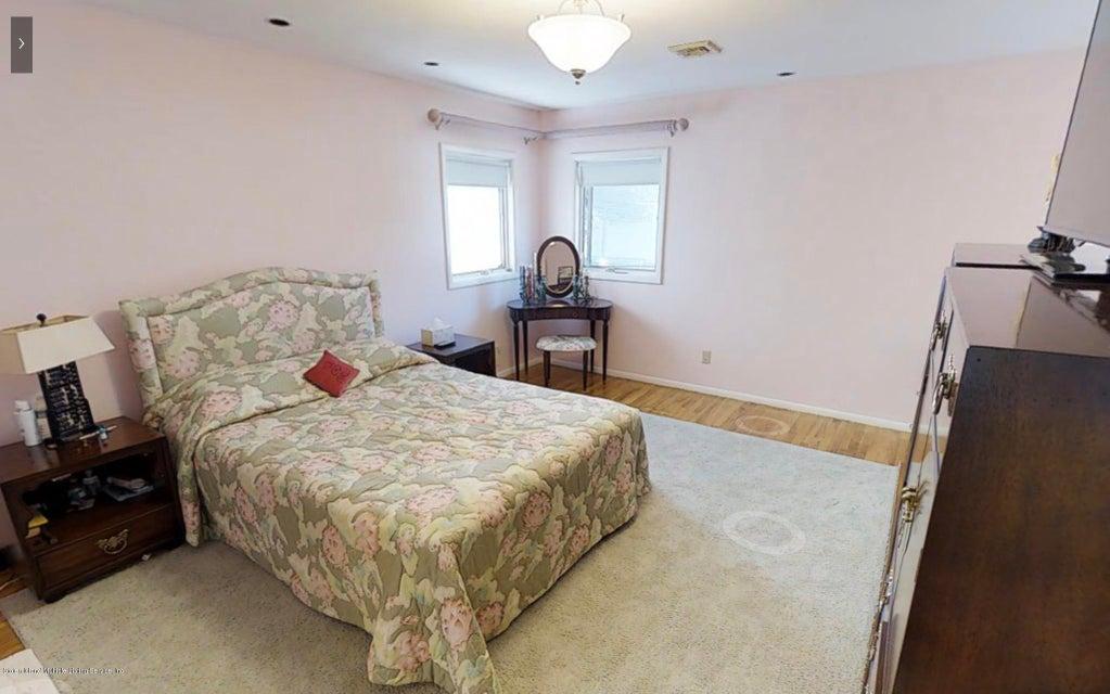 Single Family - Detached 66 Bolivar Street  Staten Island, NY 10314, MLS-1118164-4