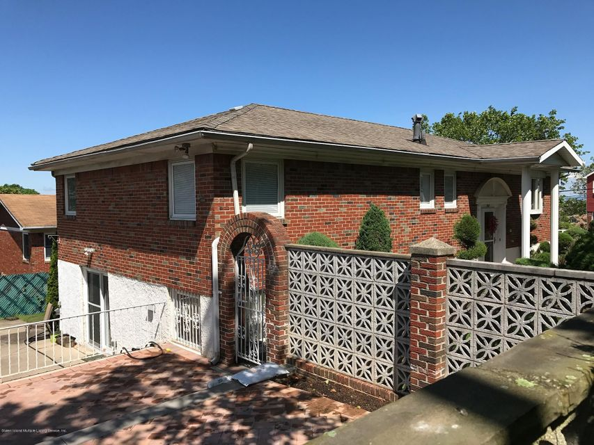 Single Family - Detached 66 Bolivar Street  Staten Island, NY 10314, MLS-1118164-13