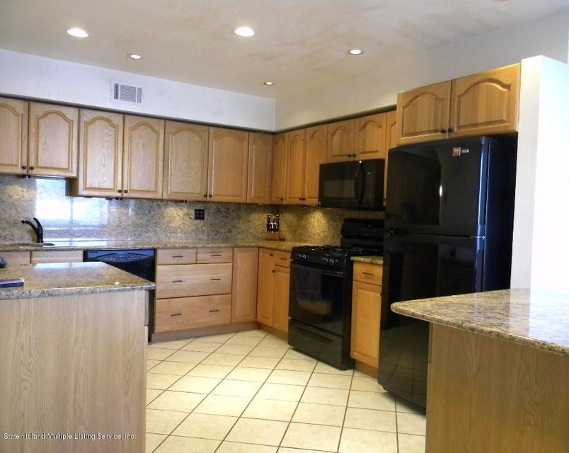 Condo 258 Willow Road  Staten Island, NY 10314, MLS-1118185-3