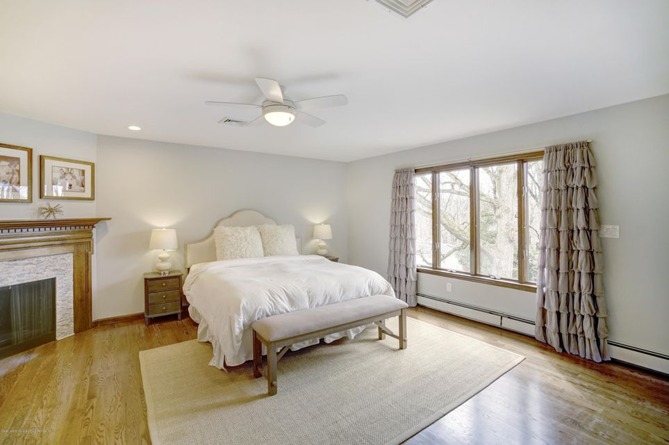 Single Family - Detached 15 Charles Court  Staten Island, NY 10306, MLS-1118222-24