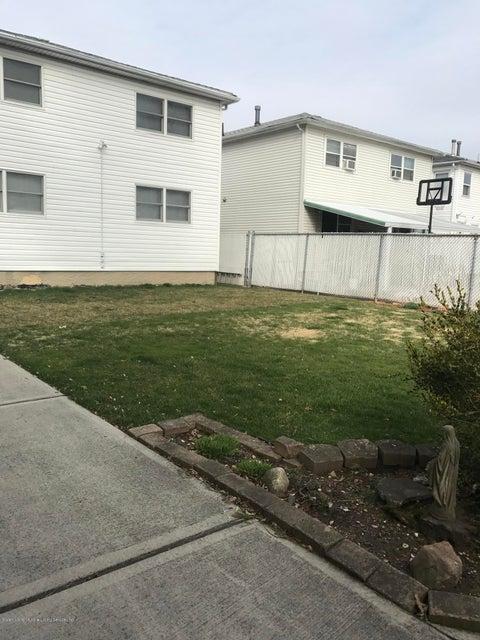 Two Family - Detached 372 Jefferson Avenue  Staten Island, NY 10306, MLS-1118226-16
