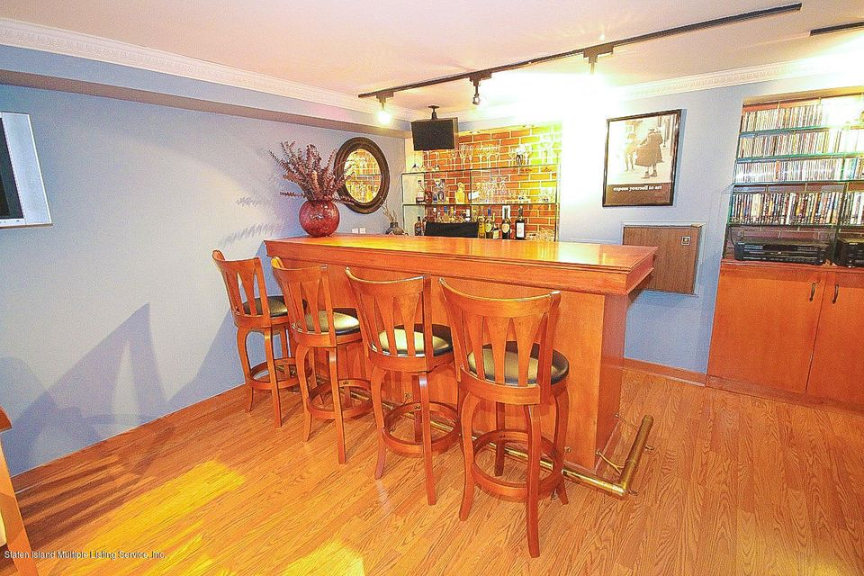 Single Family - Detached 61 Longview Road  Staten Island, NY 10304, MLS-1118296-14