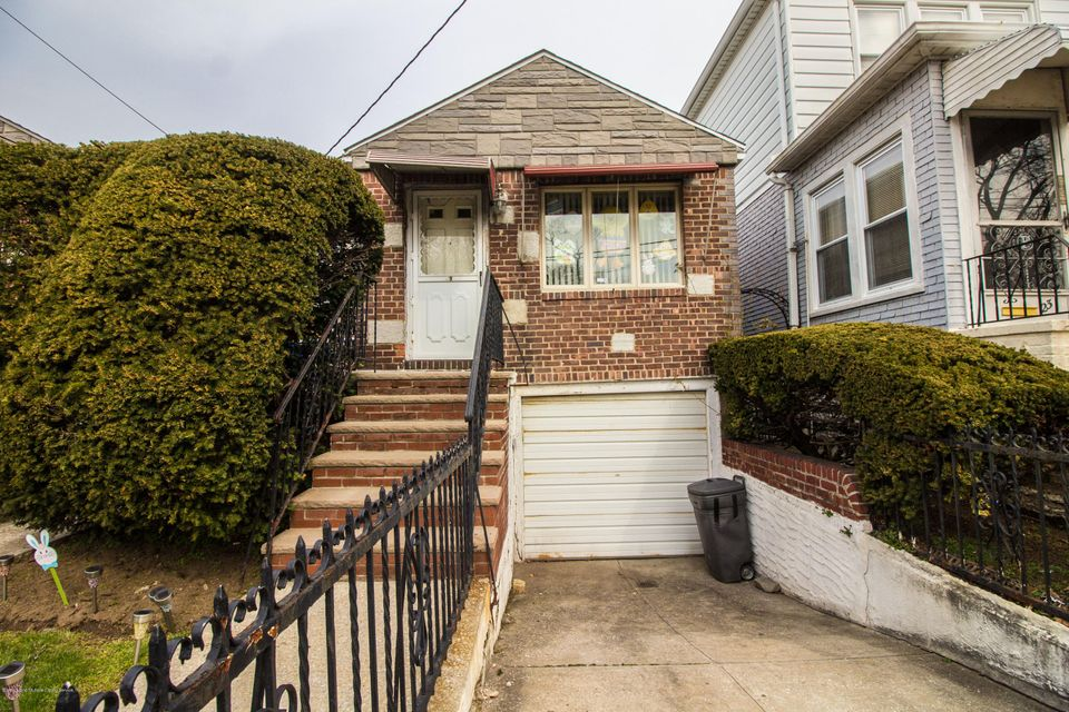 Single Family - Detached 19 Alton Place  Brooklyn, NY 11210, MLS-1118315-2