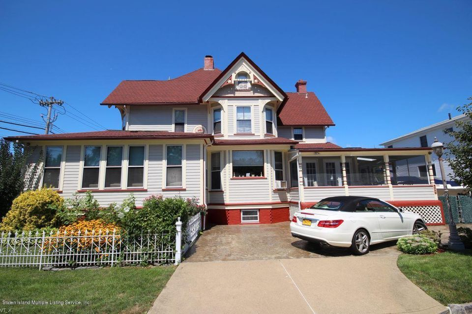 Single Family - Detached 309 Guyon Avenue  Staten Island, NY 10306, MLS-1118338-40