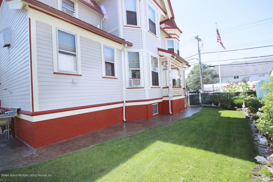 Single Family - Detached 309 Guyon Avenue  Staten Island, NY 10306, MLS-1118338-38