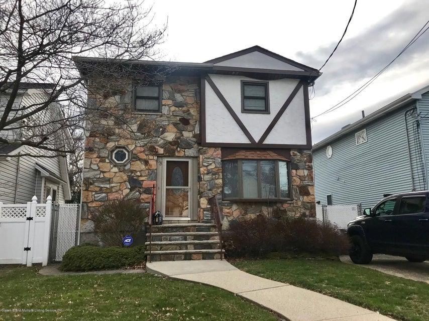 Single Family - Detached in Great Kills - 68 Colon Avenue  Staten Island, NY 10308