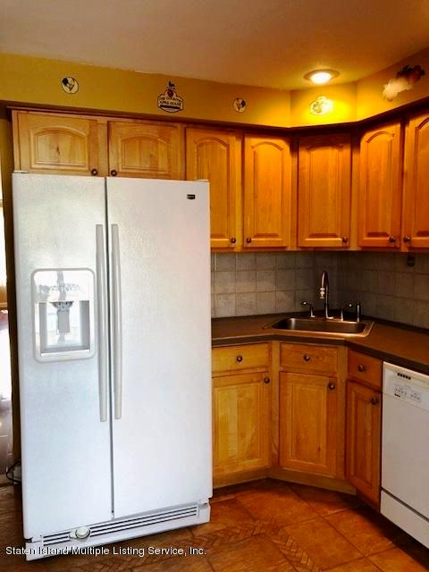 Single Family - Semi-Attached 51 Tanglewood Drive  Staten Island, NY 10308, MLS-1118380-8