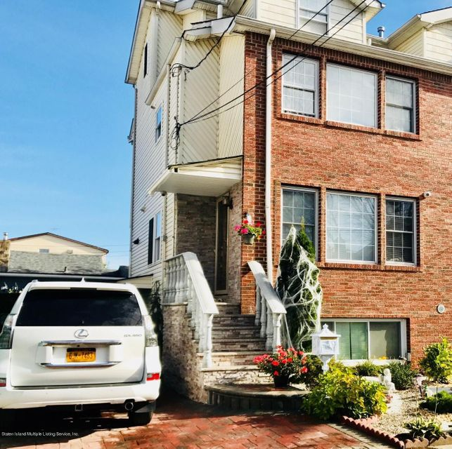 Single Family - Semi-Attached in New Dorp - 5 Neutral Avenue  Staten Island, NY 10306