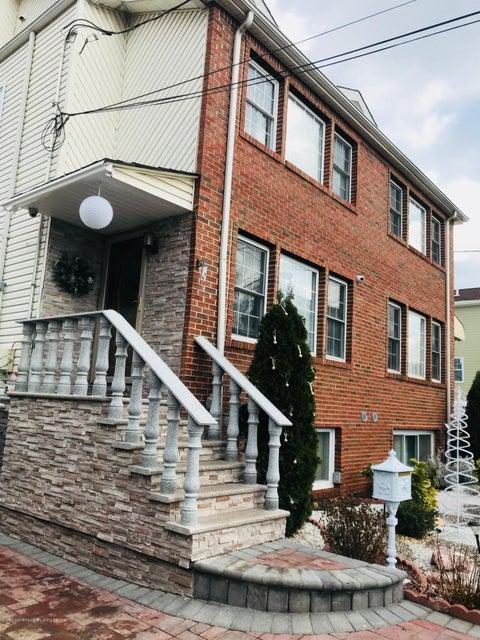 Single Family - Semi-Attached 5 Neutral Avenue  Staten Island, NY 10306, MLS-1118382-2