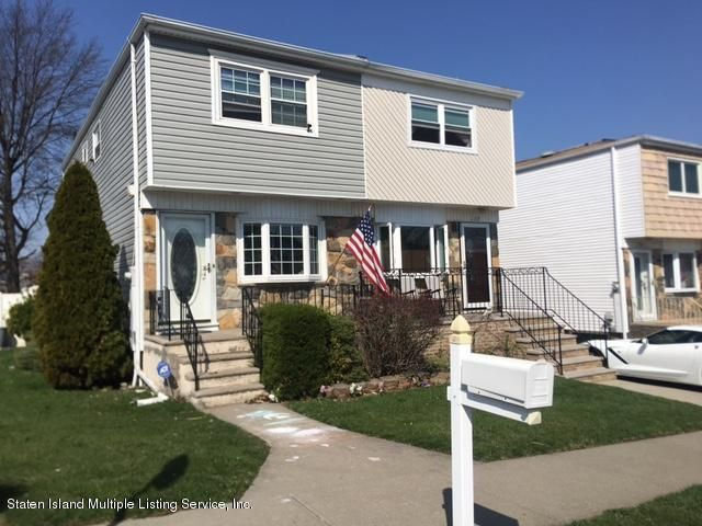 Single Family - Semi-Attached in Lower Todt Hill - 134 Laguardia Avenue  Staten Island, NY 10314