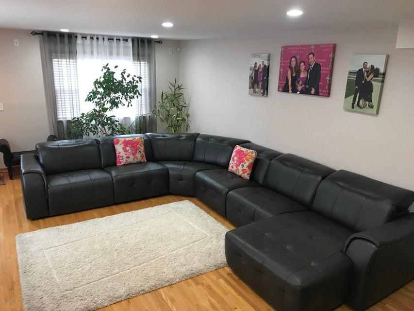 Single Family - Semi-Attached 226 Doane Avenue  Staten Island, NY 10308, MLS-1118411-3