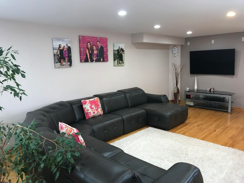 Single Family - Semi-Attached 226 Doane Avenue  Staten Island, NY 10308, MLS-1118411-4