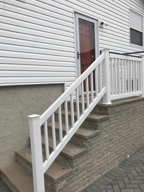 Single Family - Semi-Attached 226 Doane Avenue  Staten Island, NY 10308, MLS-1118411-19