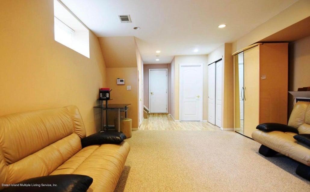 Single Family - Semi-Attached 226 Doane Avenue  Staten Island, NY 10308, MLS-1118411-16