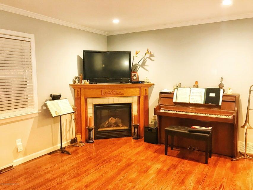 Single Family - Detached 53 Natick Street  Staten Island, NY 10306, MLS-1118414-6