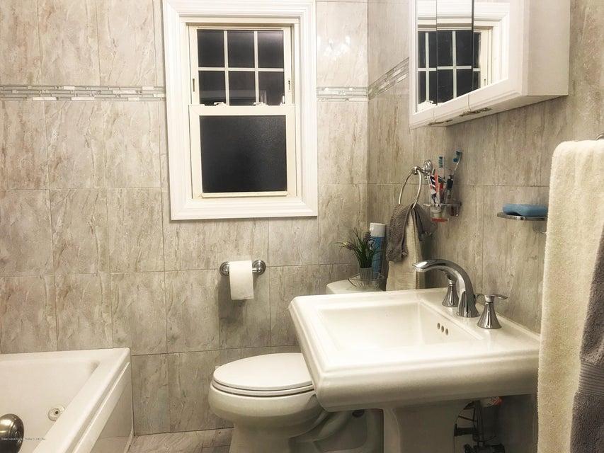 Single Family - Detached 53 Natick Street  Staten Island, NY 10306, MLS-1118414-9