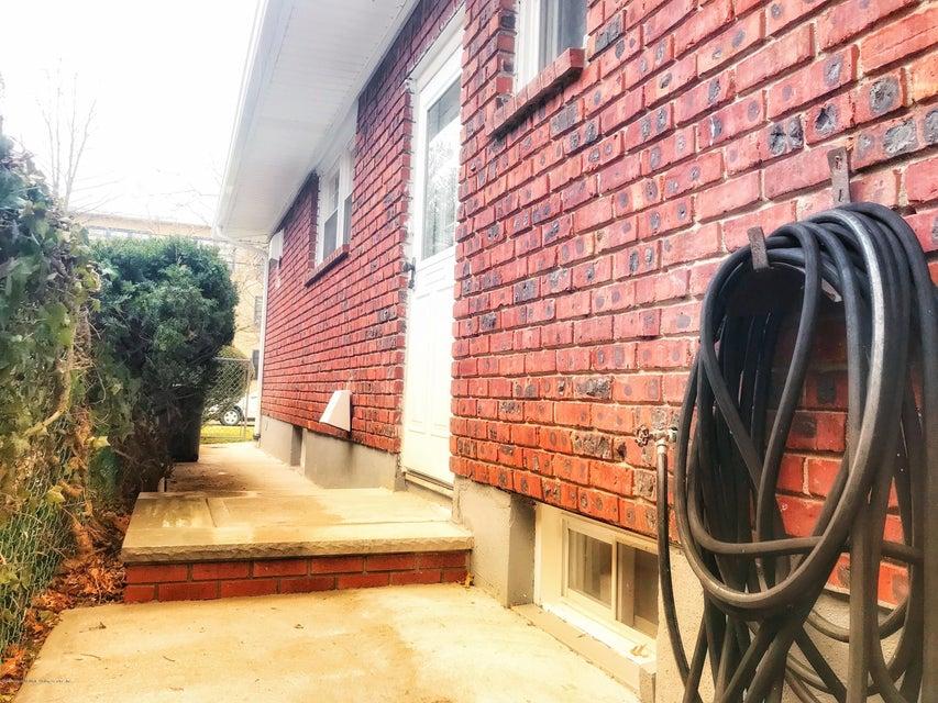 Single Family - Detached 53 Natick Street  Staten Island, NY 10306, MLS-1118414-24