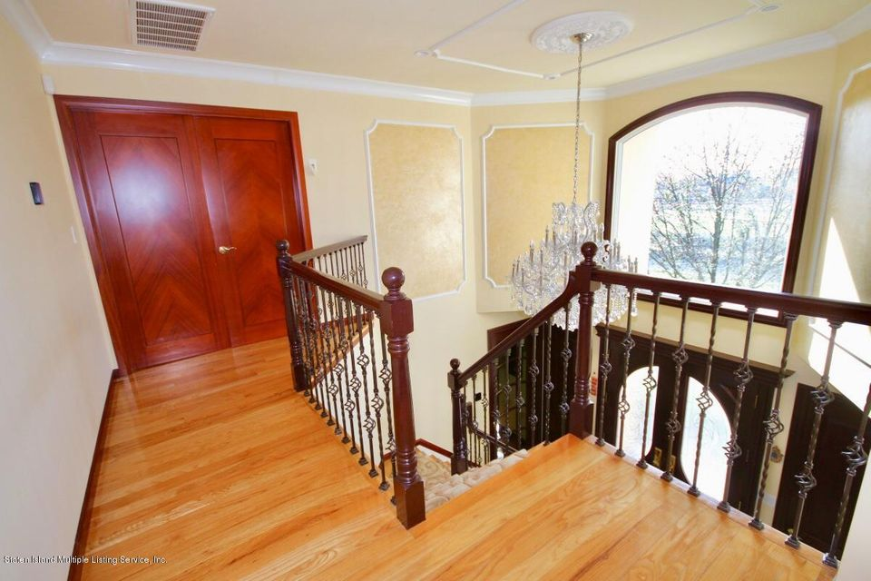 Single Family - Detached 429 Bertram Avenue  Staten Island, NY 10312, MLS-1118433-18