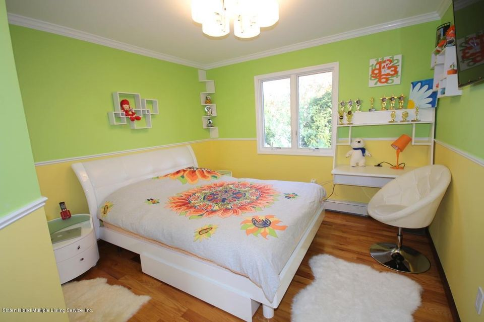 Single Family - Detached 429 Bertram Avenue  Staten Island, NY 10312, MLS-1118433-26