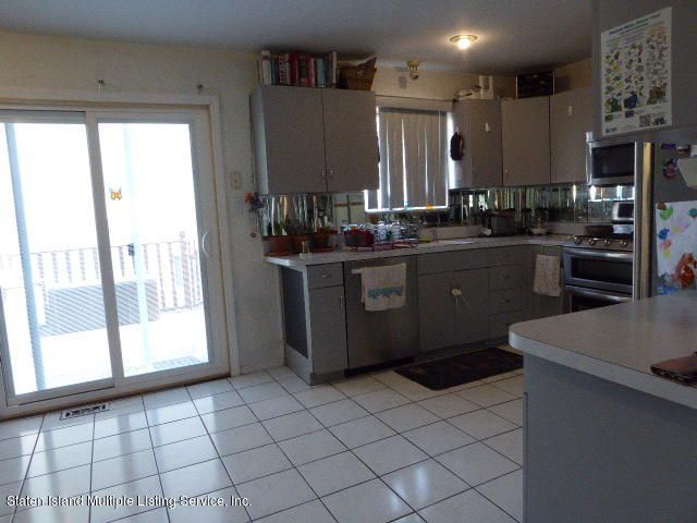 Single Family - Attached 117 Rosedale Avenue  Staten Island, NY 10312, MLS-1118398-6