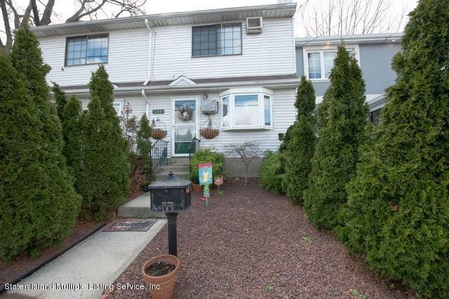 Single Family - Attached in Manor Heights - 162 Gannon Avenue  Staten Island, NY 10314
