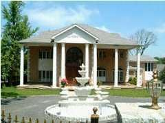 Single Family - Detached in Todt Hill - 289 Ocean Terrace  Staten Island, NY 10301