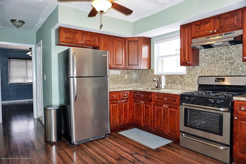 Two Family - Detached 39 Carpenter Avenue  Staten Island, NY 10314, MLS-1118545-46