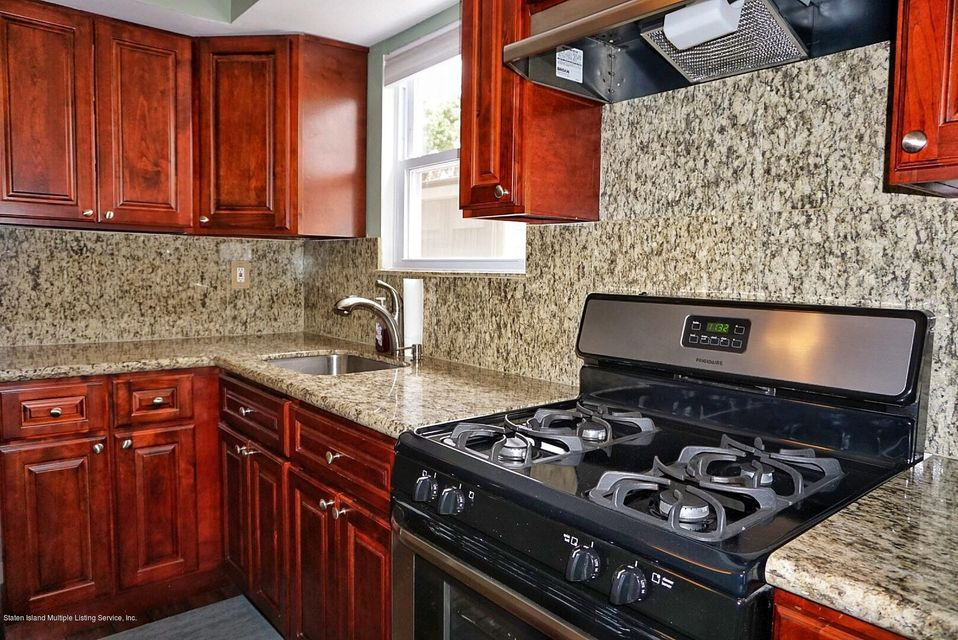 Two Family - Detached 39 Carpenter Avenue  Staten Island, NY 10314, MLS-1118545-45