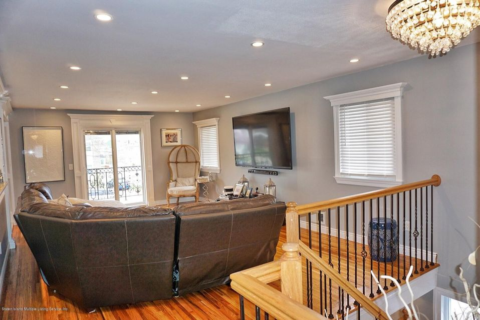 Two Family - Detached 39 Carpenter Avenue  Staten Island, NY 10314, MLS-1118545-11