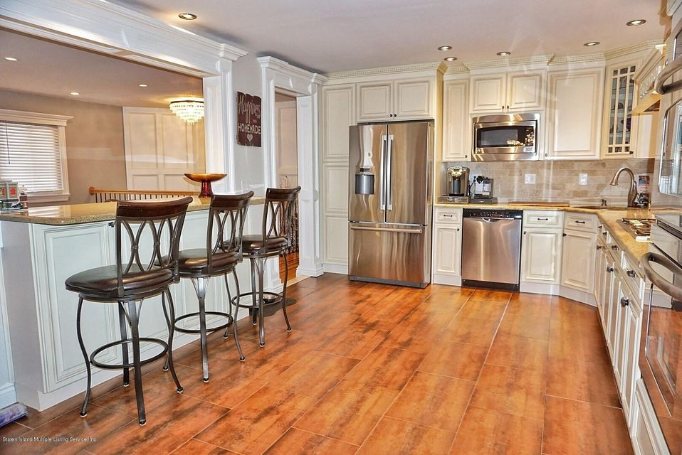Two Family - Detached 39 Carpenter Avenue  Staten Island, NY 10314, MLS-1118545-17