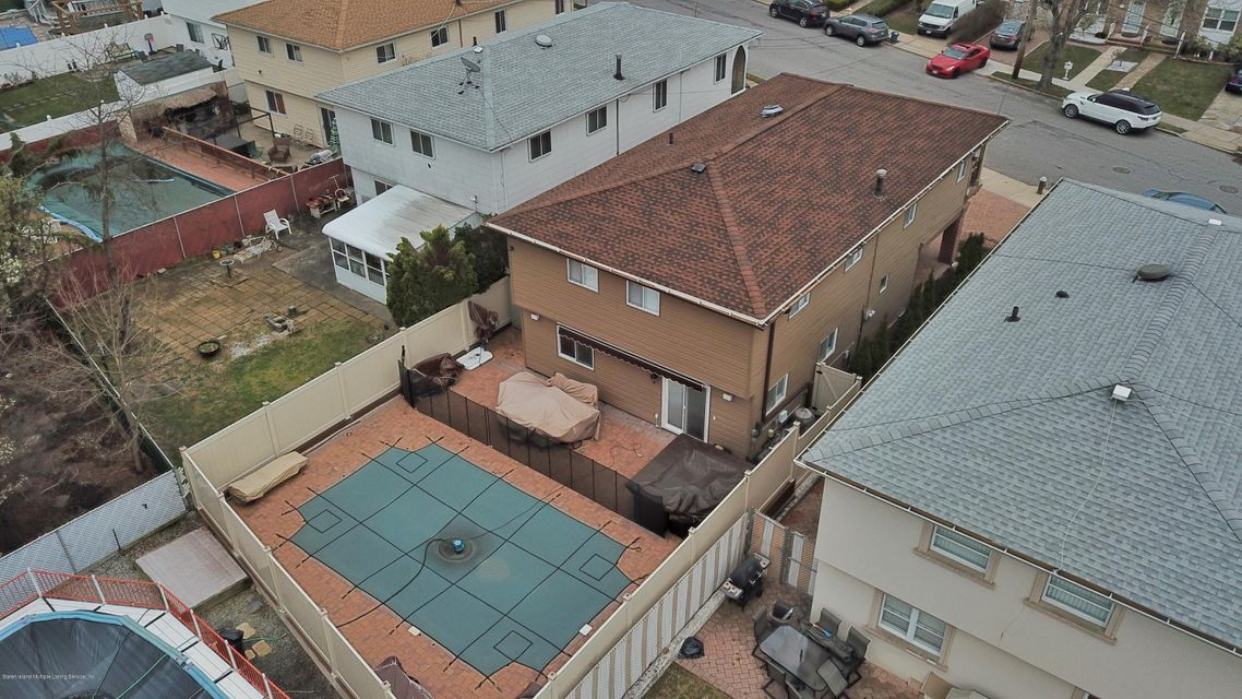 Two Family - Detached 39 Carpenter Avenue  Staten Island, NY 10314, MLS-1118545-49