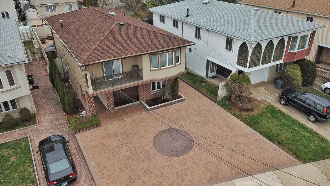 Two Family - Detached 39 Carpenter Avenue  Staten Island, NY 10314, MLS-1118545-3