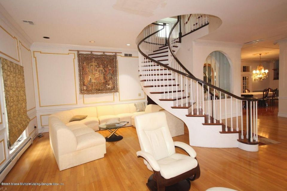 Single Family - Detached 289 Ocean Terrace  Staten Island, NY 10301, MLS-1118561-8