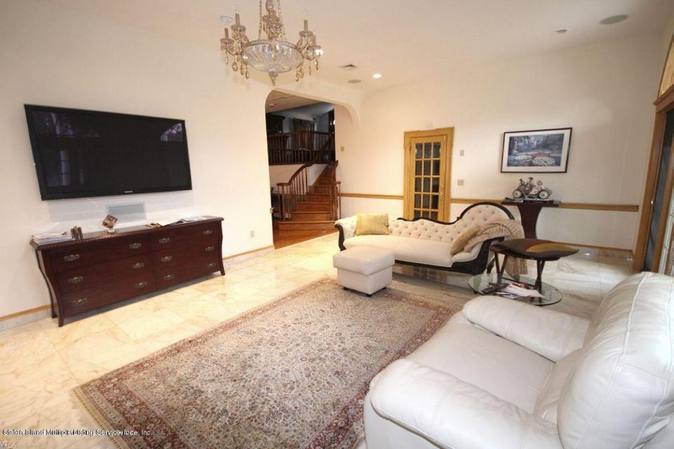 Single Family - Detached 289 Ocean Terrace  Staten Island, NY 10301, MLS-1118561-13