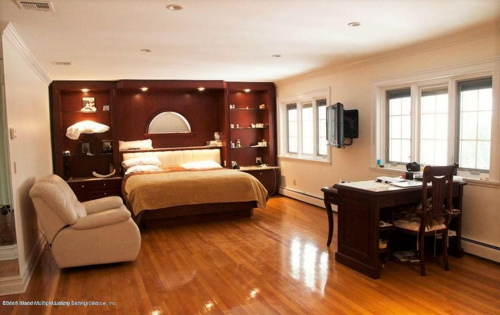 Single Family - Detached 289 Ocean Terrace  Staten Island, NY 10301, MLS-1118561-15