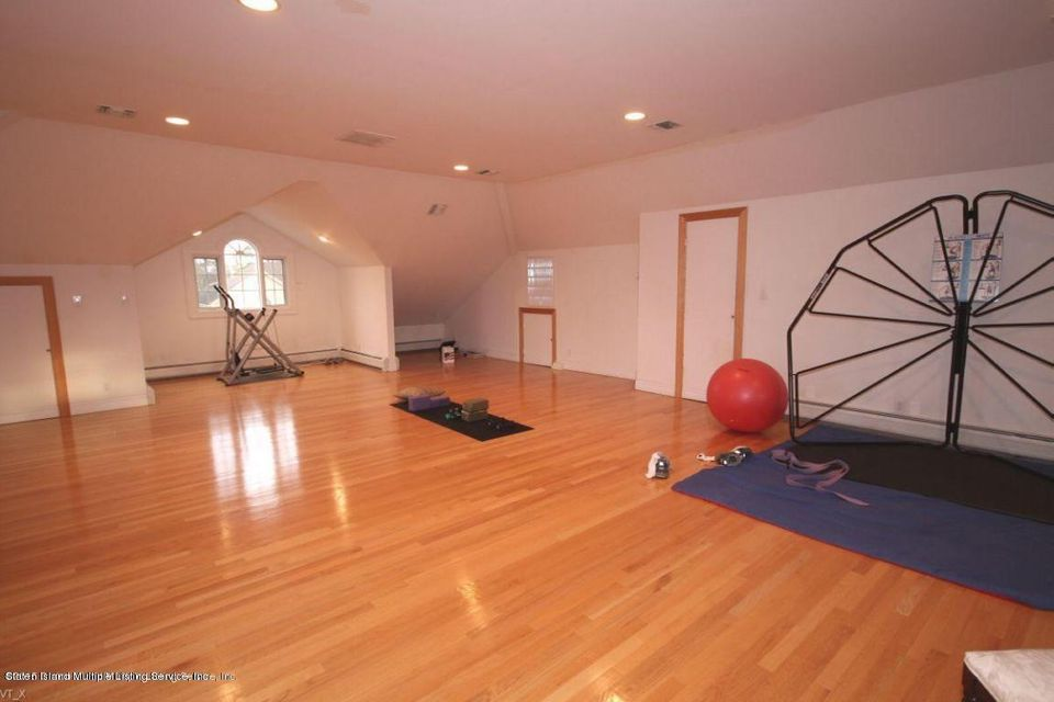 Single Family - Detached 289 Ocean Terrace  Staten Island, NY 10301, MLS-1118561-22
