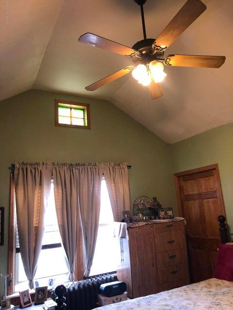 Single Family - Detached 317 Brehaut Avenue  Staten Island, NY 10307, MLS-1117419-16