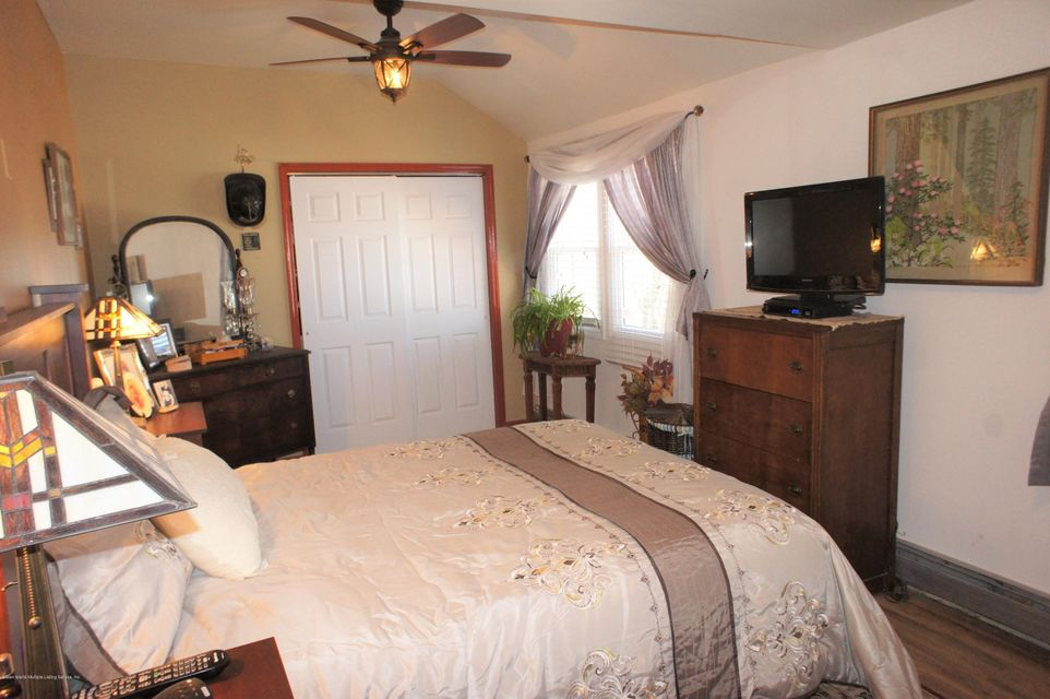 Single Family - Detached 12 Milbank Road  Staten Island, NY 10306, MLS-1118624-21