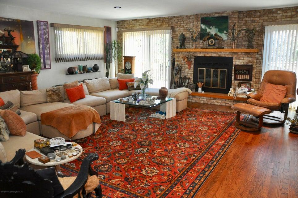 Single Family - Detached 364 Green Valley Road  Staten Island, NY 10312, MLS-1118323-8