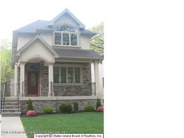 Two Family - Detached in Huguenot - 5626 Amboy Rd   Staten Island, NY 10309