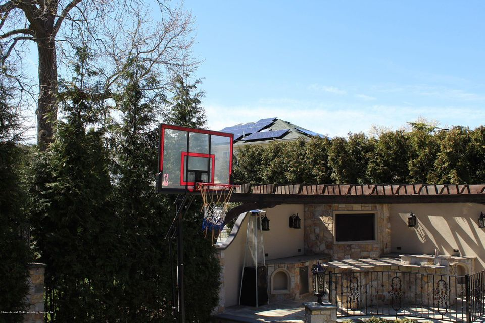 Two Family - Detached 308 Bayview Avenue  Staten Island, NY 10309, MLS-1118358-58